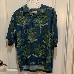 Tommy Bahama 100% silk short sleeve button down.